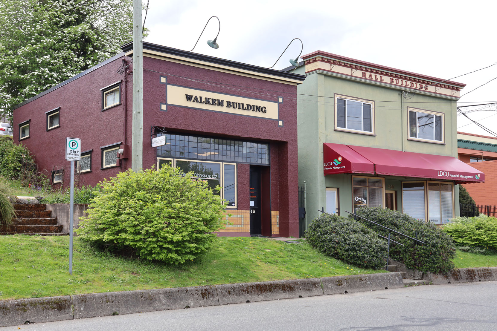 The Walkem Building, 318 1st Avenue (left) and the Hall Building, 320 1st Avenue (right) in downtown Ladysmith.