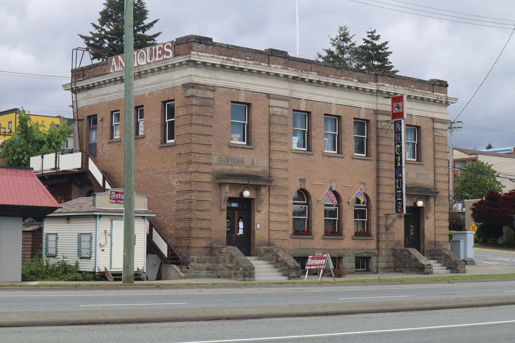 The former Post Office and Customs Building, 340 Esplanade Avenue, built in 1910.