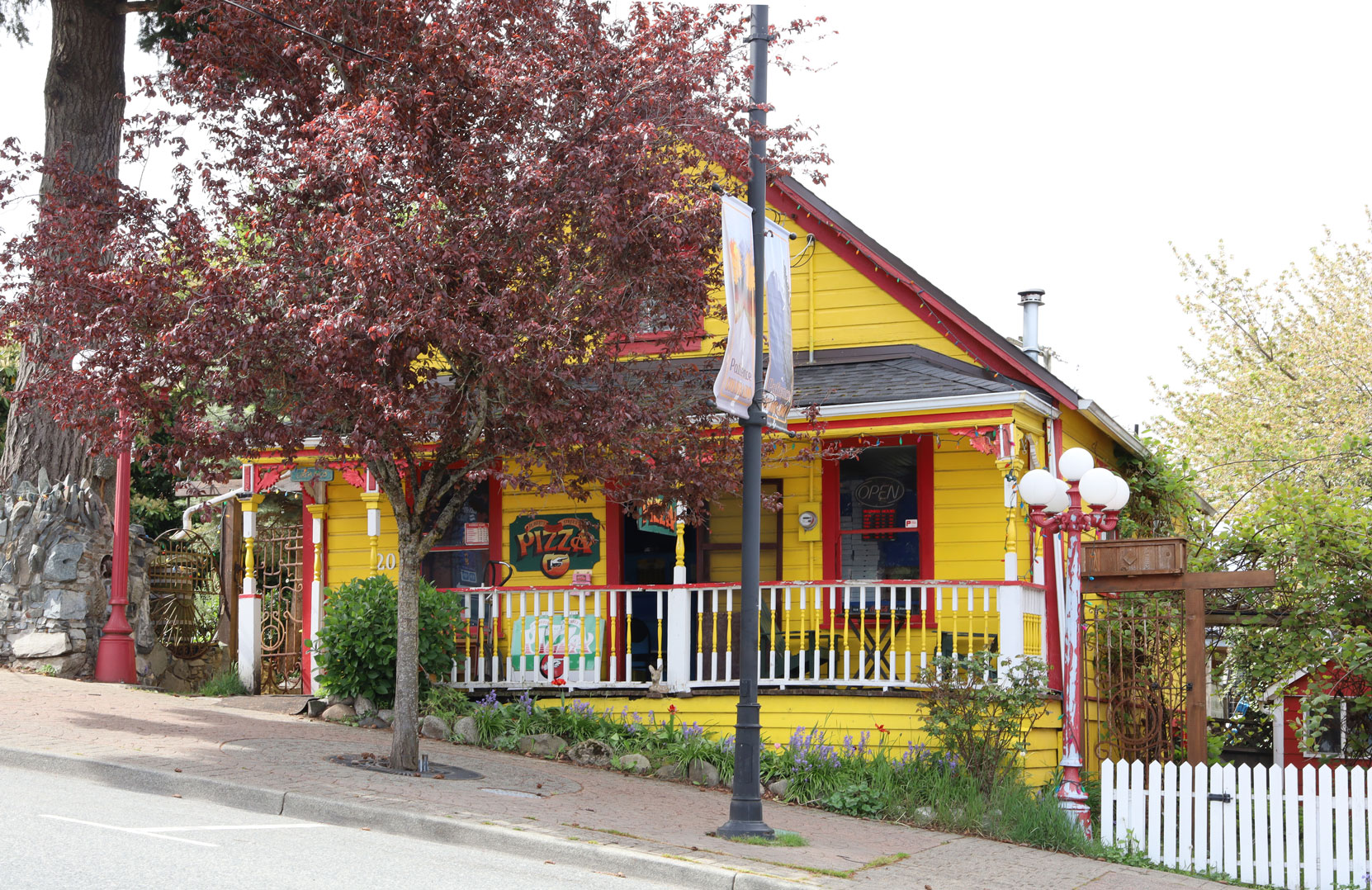 20 Roberts Street in downtown Ladysmith.