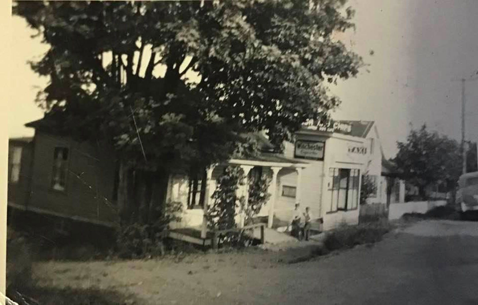 321 1st Avenue (left), 317 1st Avenue (center), 315 1st Avenue (right), 1946. 317 1st Avenue was occupied by a taxi business. 321 1st Avenue and 315 1st Avenue were private residences. (photo: Hilary Hansen, family photo - used with permission)
