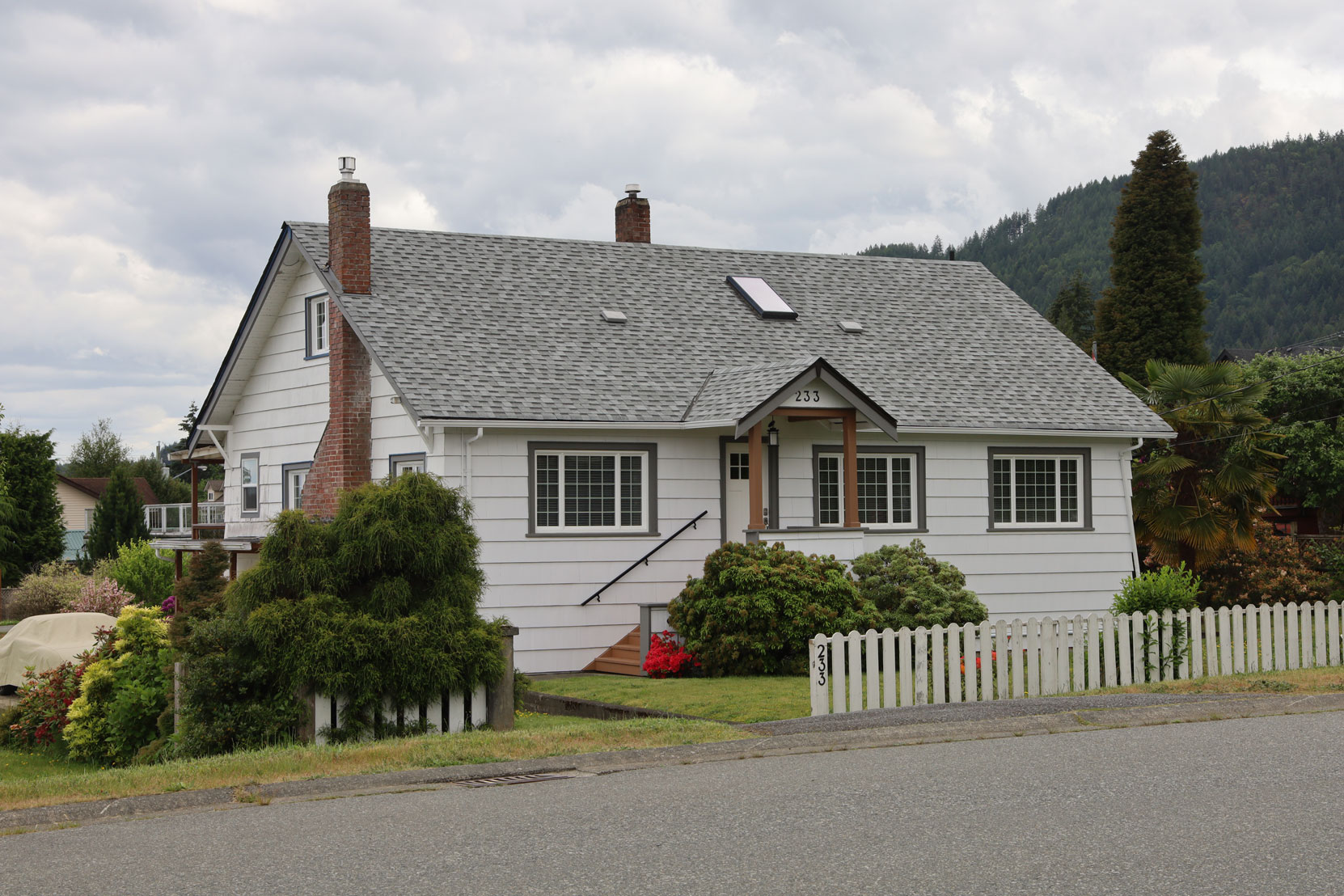 233 Methuen Street, Ladysmith, B.C., built in 1942 (photo: Mark Anderson)