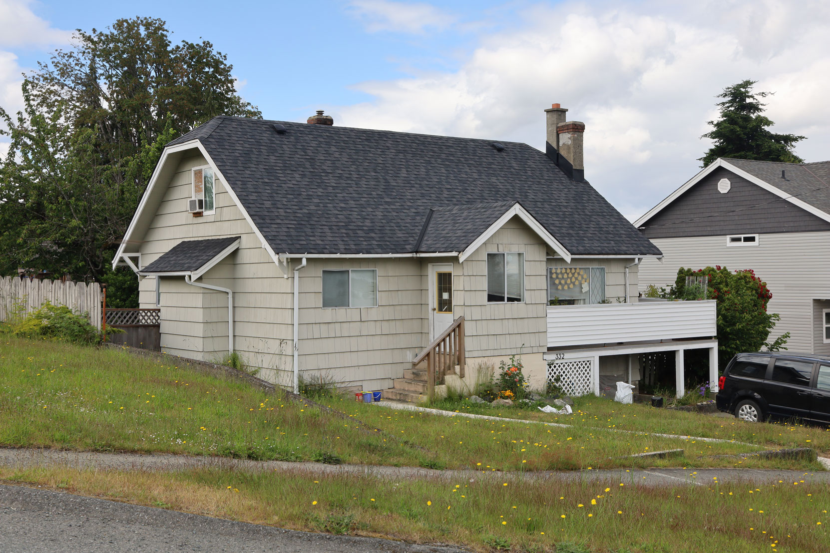 332 Methuen Street, Ladysmith, BC, built in 1940 (photo: Mark Anderson)