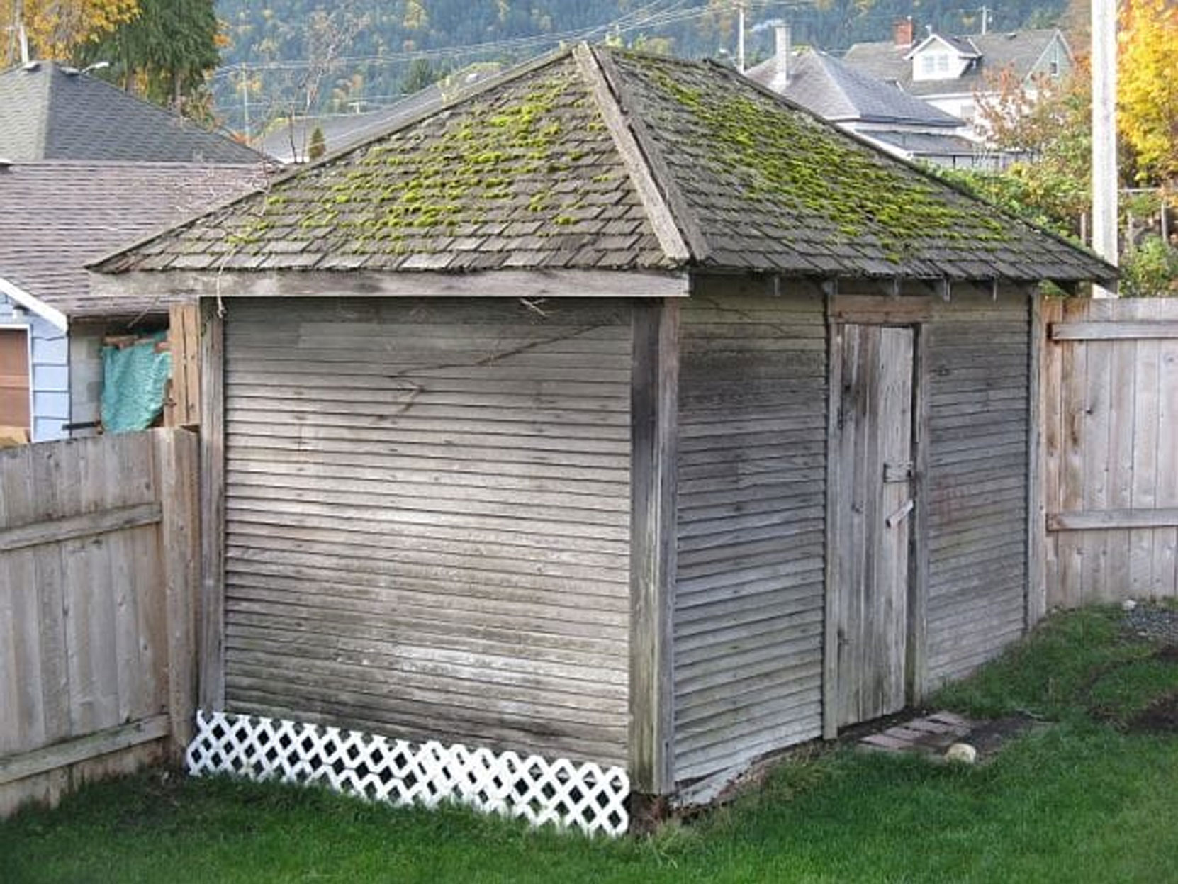 This original coal shed at 230 3rd Avenue dates circa 1905. It is one the last exant coal sheds in Ladysmith. This photograph was taken in 2012.(photo: Micheal Fine)